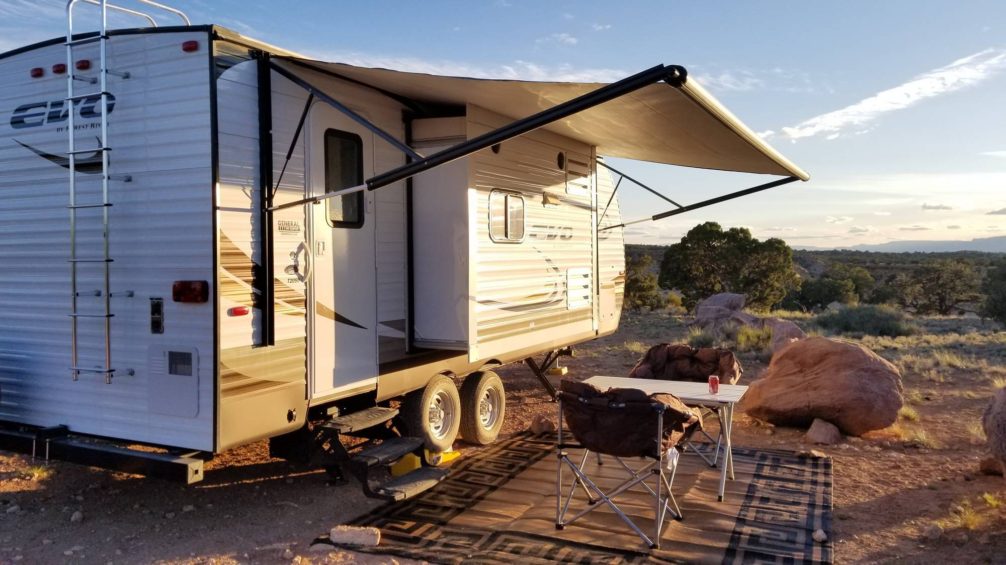 Boondocking on BLM land at The Wedge - San Rafael Swell, Utah